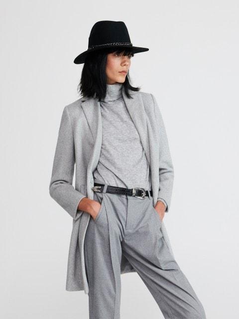 Mantel mit Einfachem Schnitt