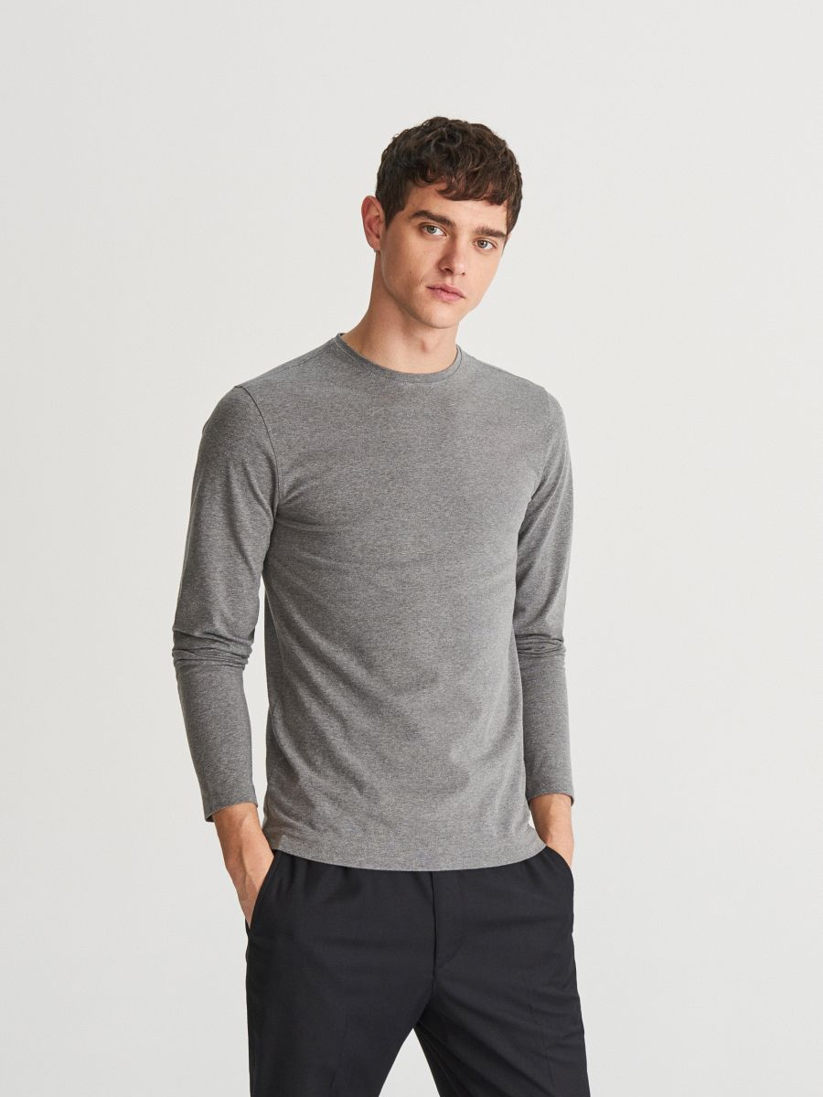 Jednobarevné tričko s dlouhým rukávem