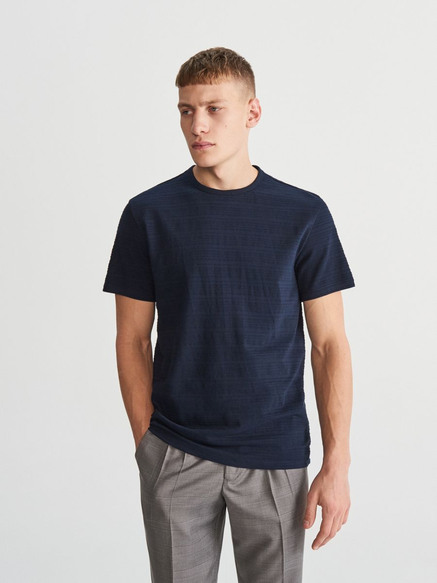 Tričko sžebrovaným vzorem