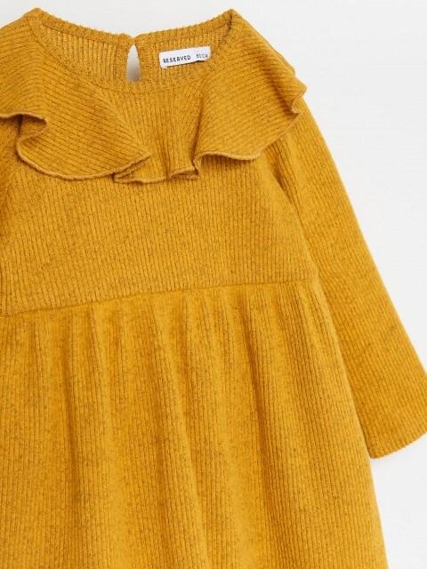 Šaty slímcem