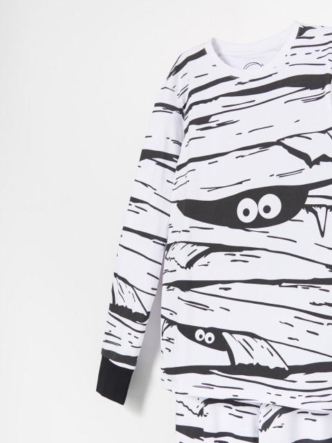 Pyžamová souprava svysokým podílem lnu skalhotami