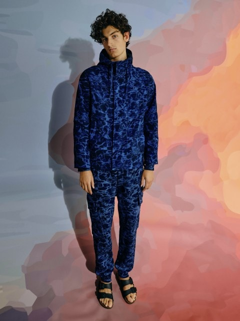 Trousers with water-inspired print