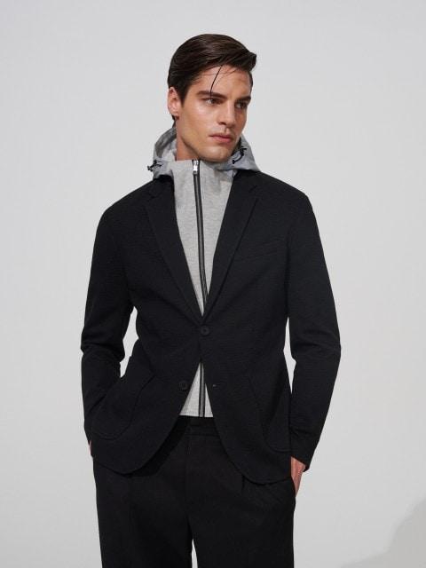 Blazer con capucha reflectante