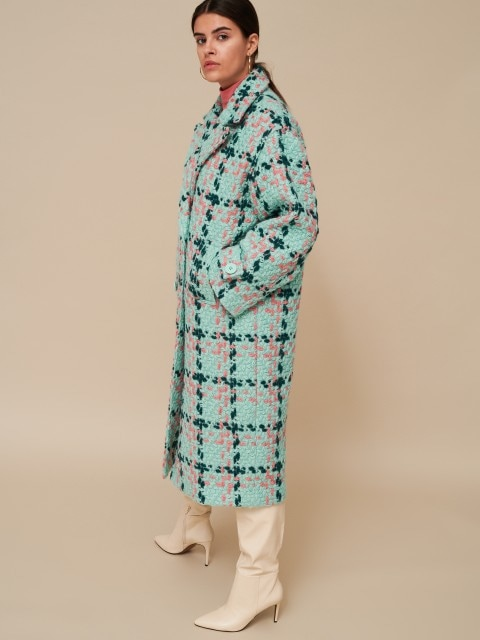 Coat with wool