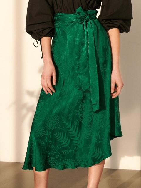 Asimetrična suknja žakard uzorka