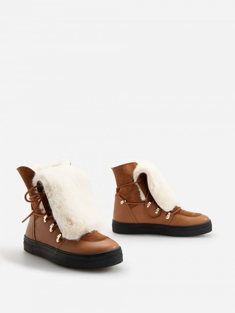 Insulated leather ankle boots