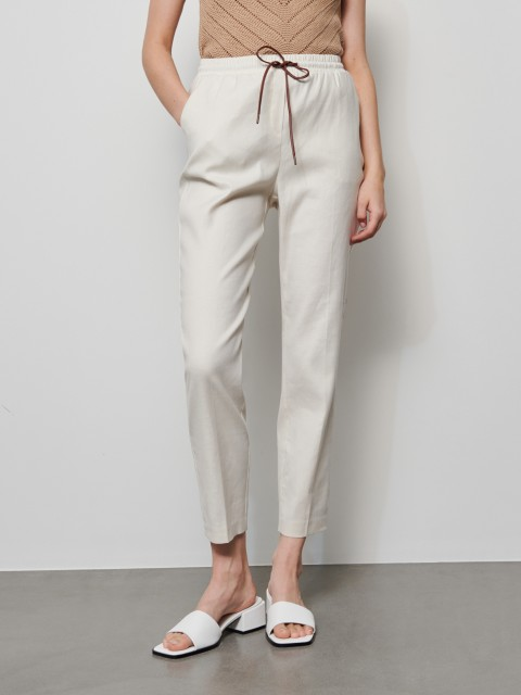 Trousers in linen and cotton blend