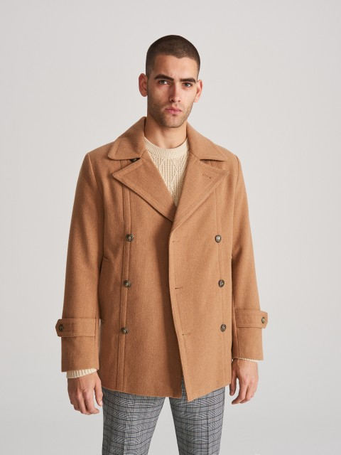 Double-breasted coat from wool blend