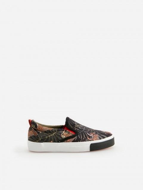 Sneaker slip-on fantasia