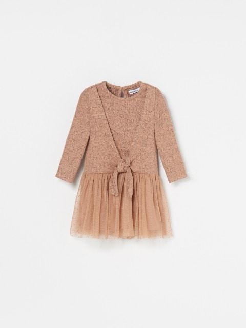 Babies` dress