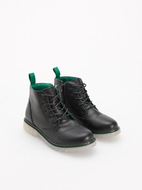 Nešlampantys odiniai batai