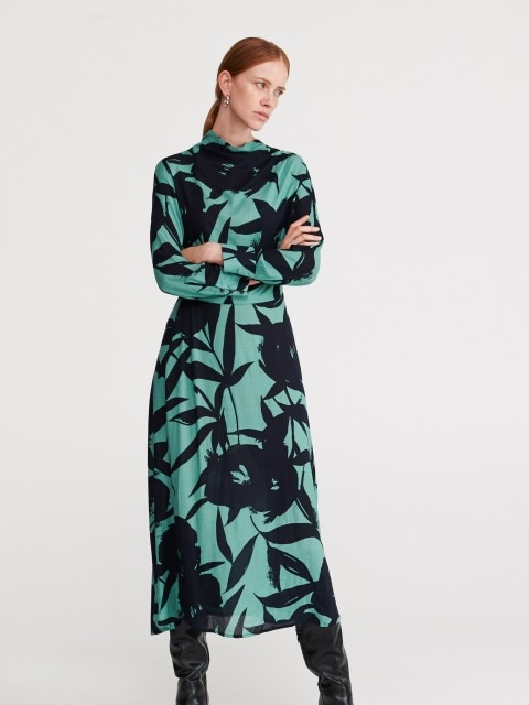 Žakardinio audinio suknelė