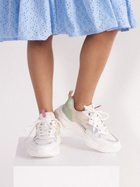 Combined fabrics sneakers