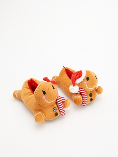 Gingerbread slippers