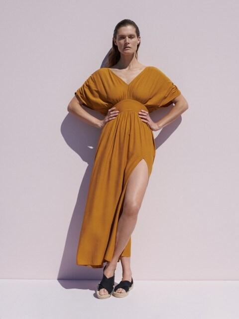 Viskozes kleita