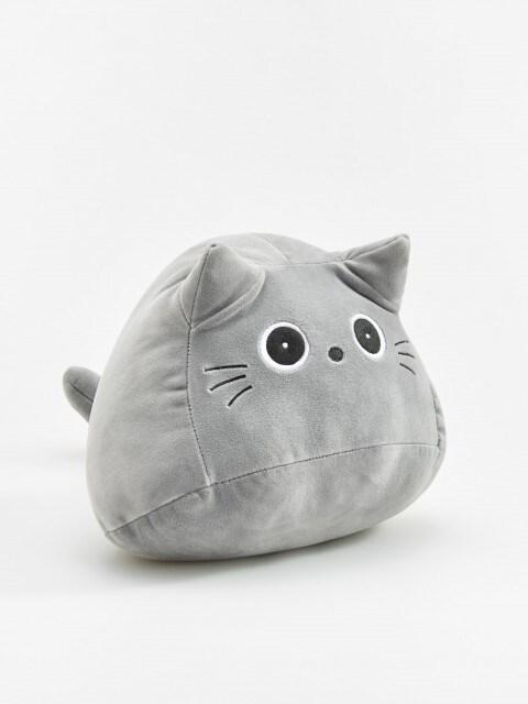 Spilvens kaķis