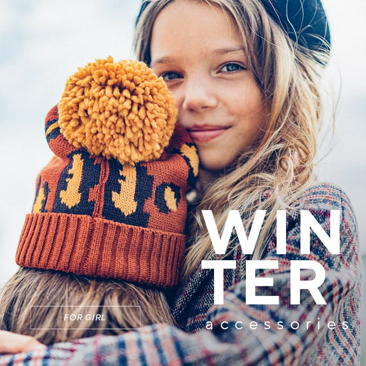 Winter accessories collection for GIRLS - glves, scarves, hats - SS20