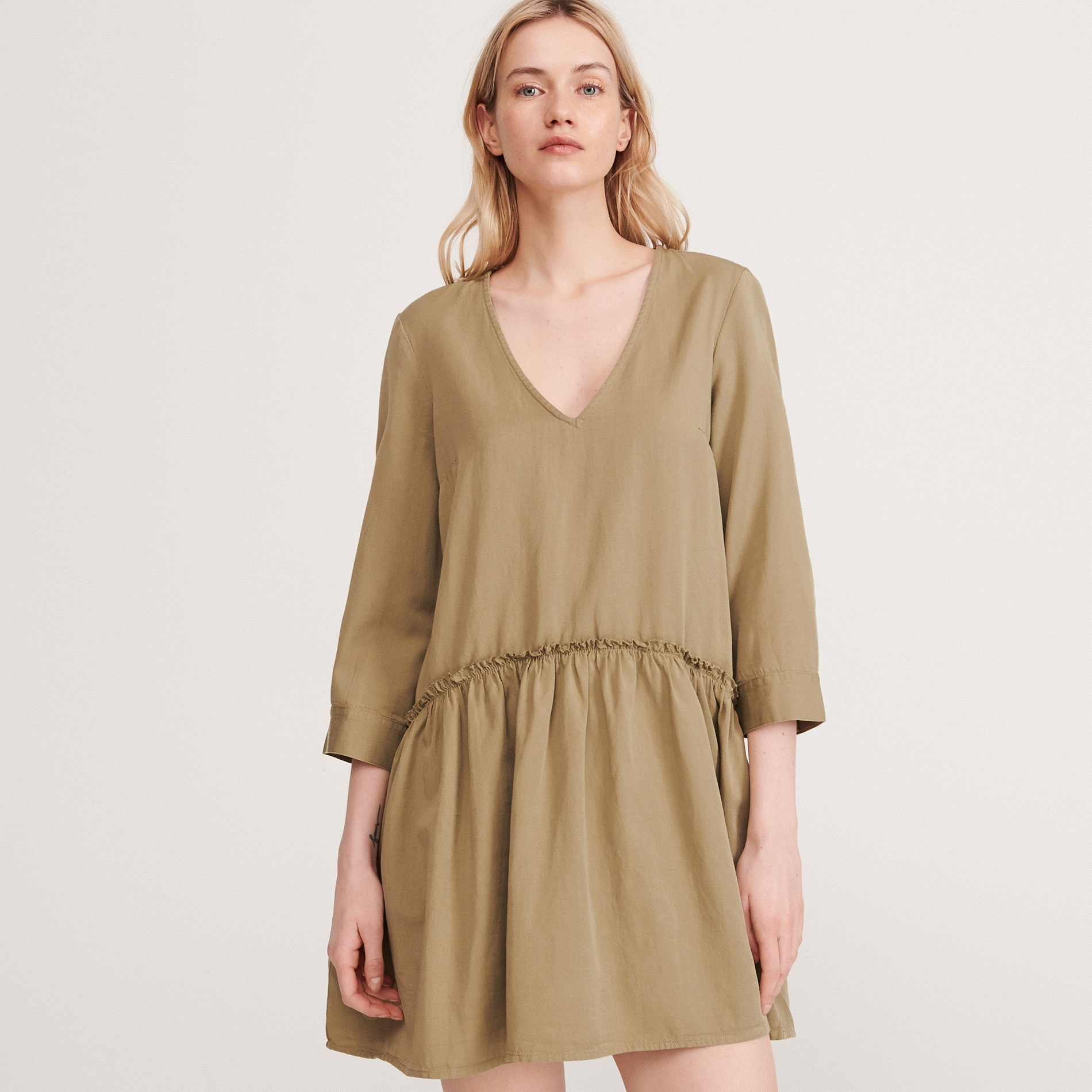 Reserved - Hladké šaty svysokým podílem Tencelu - Zelená