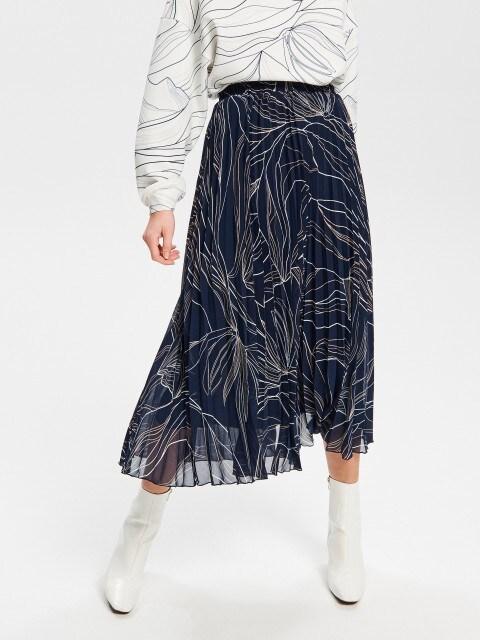 Plisowana spódnica z autorskim linearnym printem