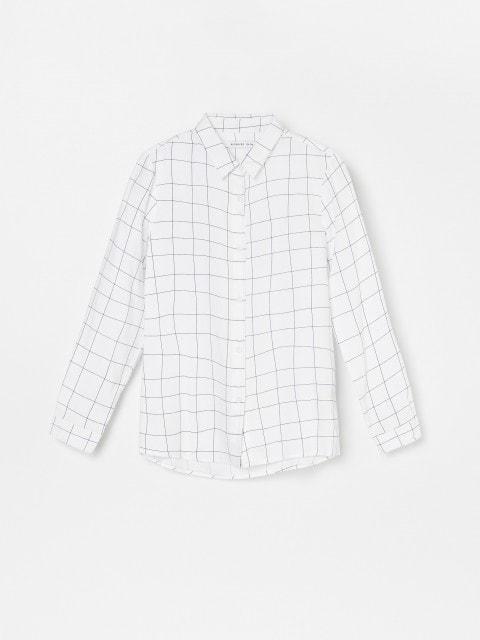 Wzorzysta koszula