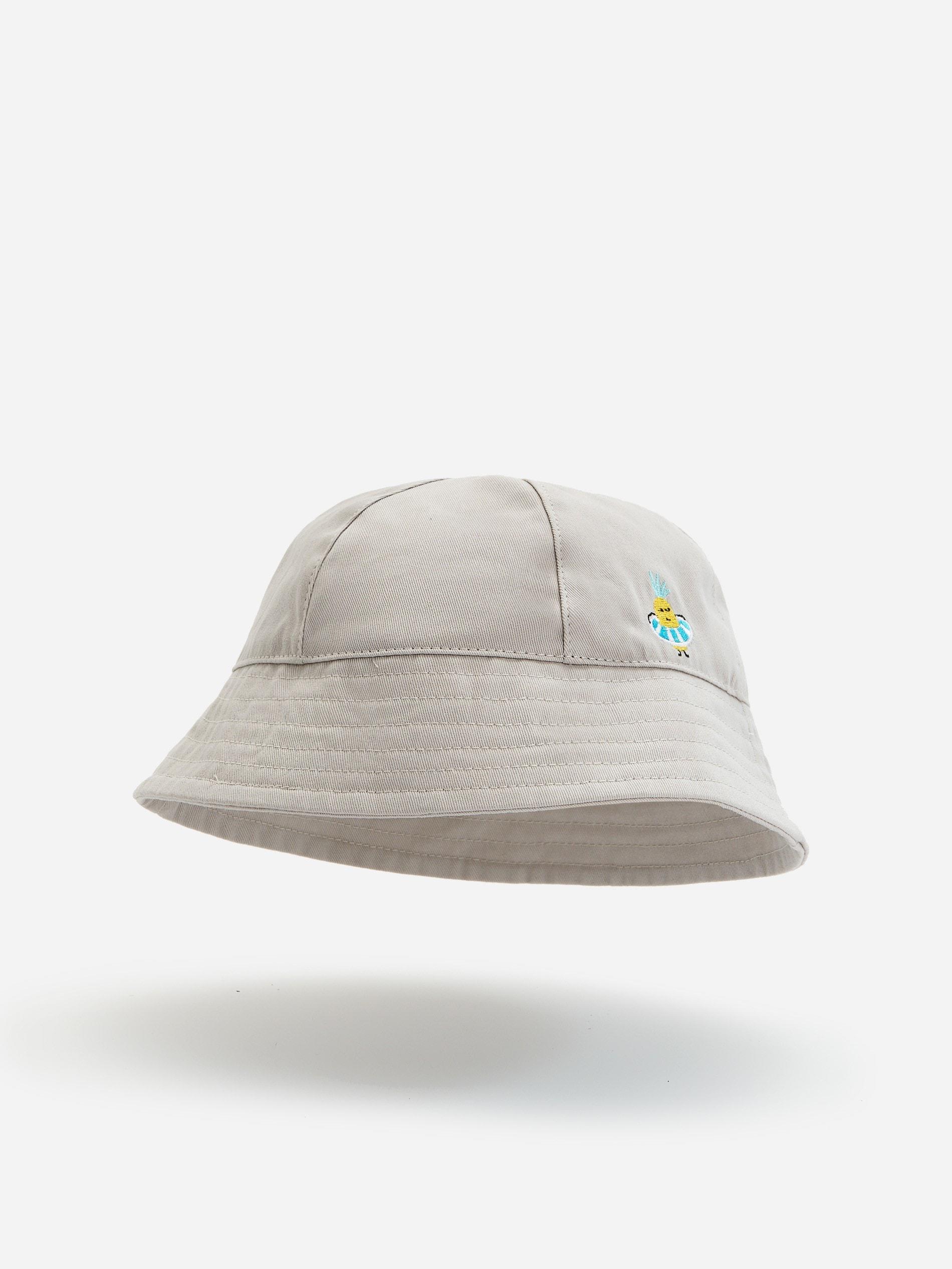 Bawełniany kapelusz z haftowaną aplikacją