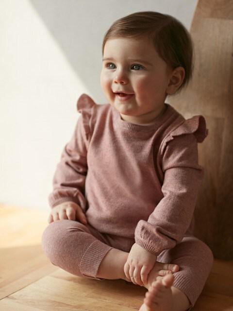 Sweter ze spodniami