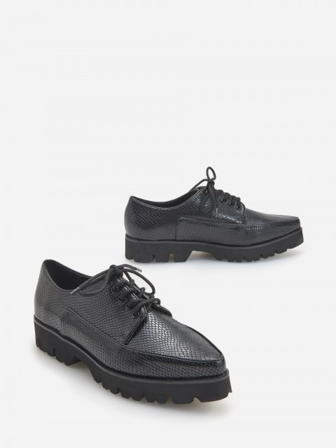 LADIES` LOAFER SHOES
