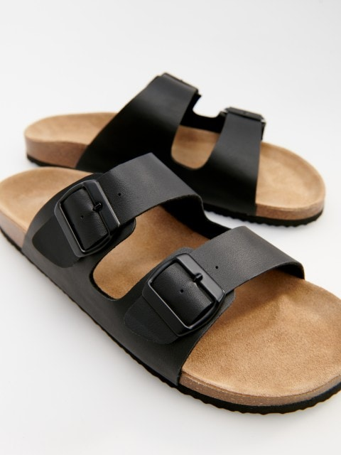 Sliders with leather insole