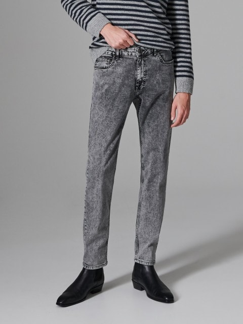 Pantaloni de blugi