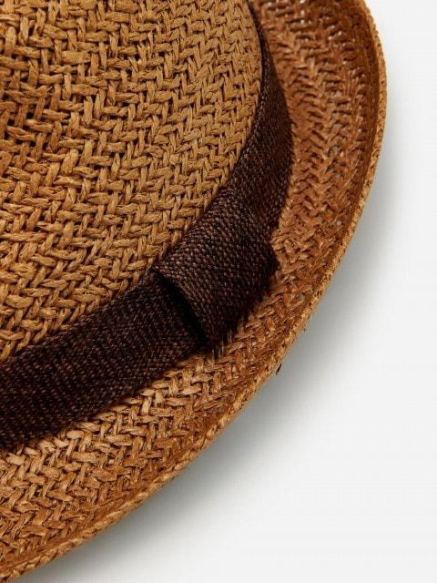 Плетеная шляпа из бумажной соломки