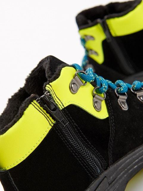Утепленные треккинговые ботинки