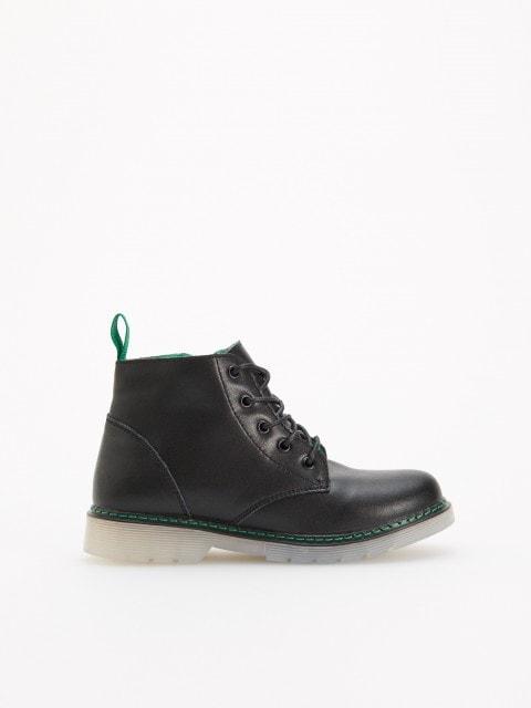 Утепленные кожаные ботинки