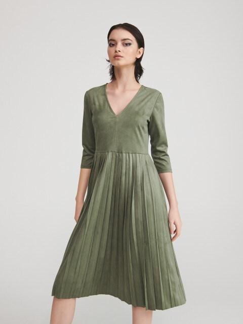 Платье с низом в складку