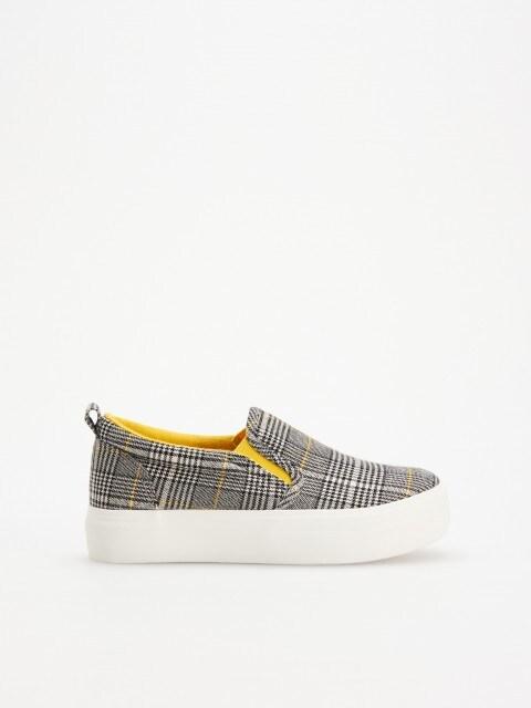 Теннисные туфли типа slip on